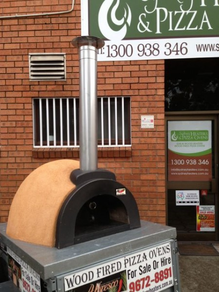 China Top Hat attached to Pizza Ove